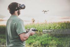 Dron s živým HD prenosom obrazu do VR okuliarov as 3 batériami! TOP!